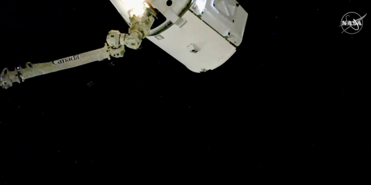 SpaceX Delivery of Christmas Gifts Arrives to International Space Station