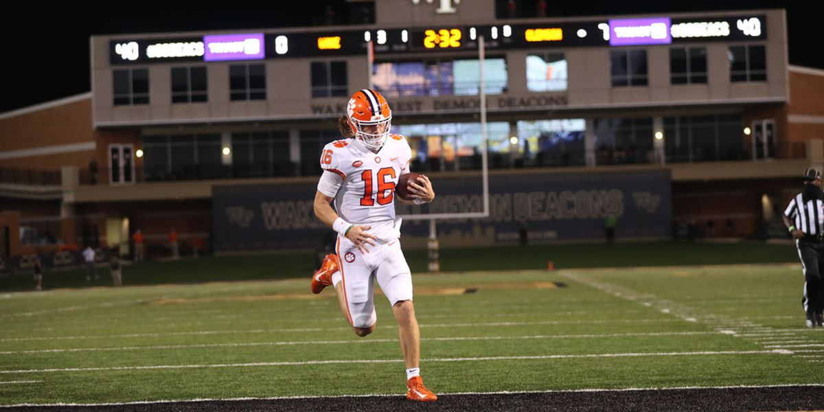 Lawrence shines in opener, leads Clemson to 37-13 win over Wake Forest