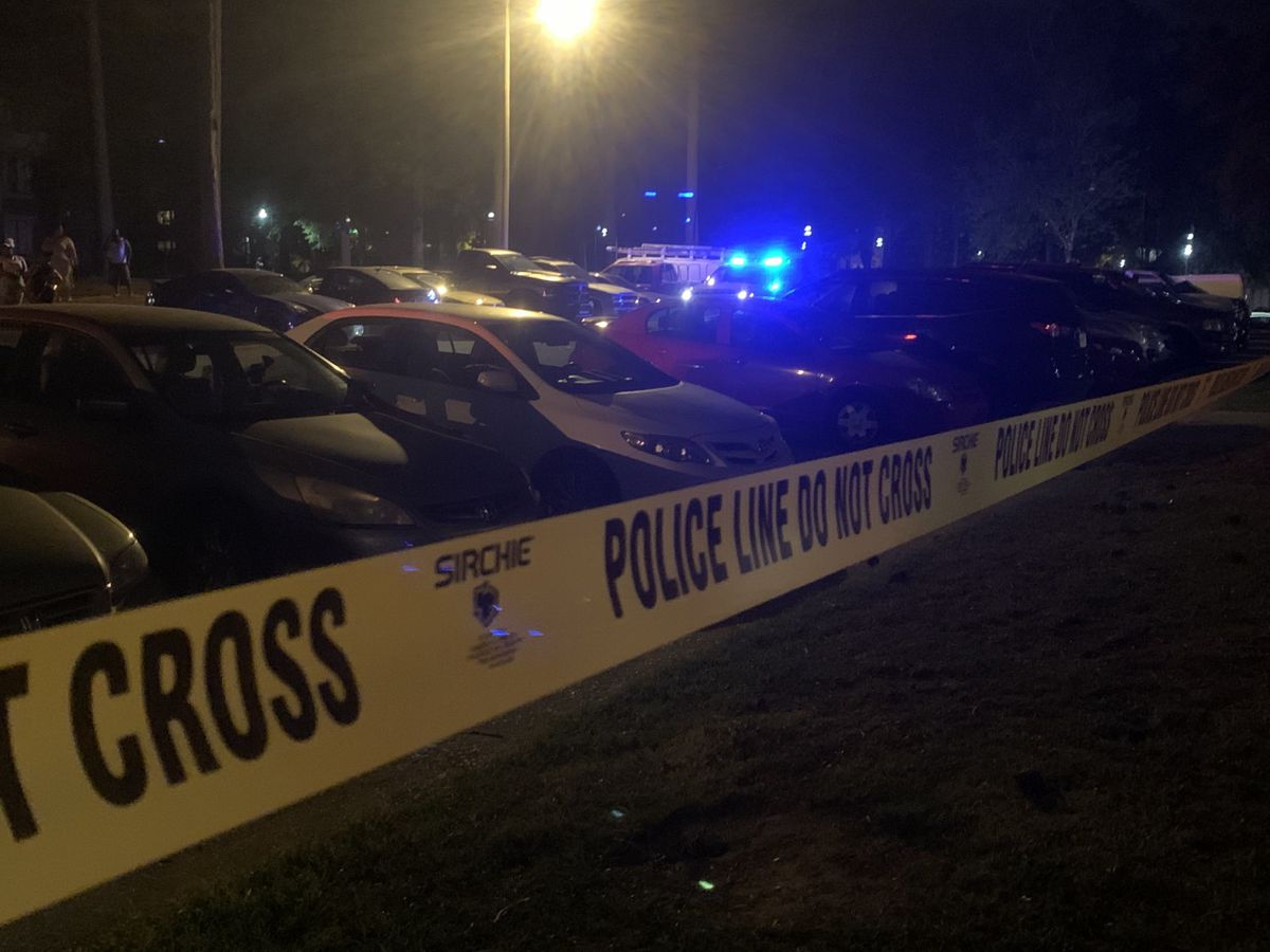 29-year-old man killed in shooting at Broad River apartment complex