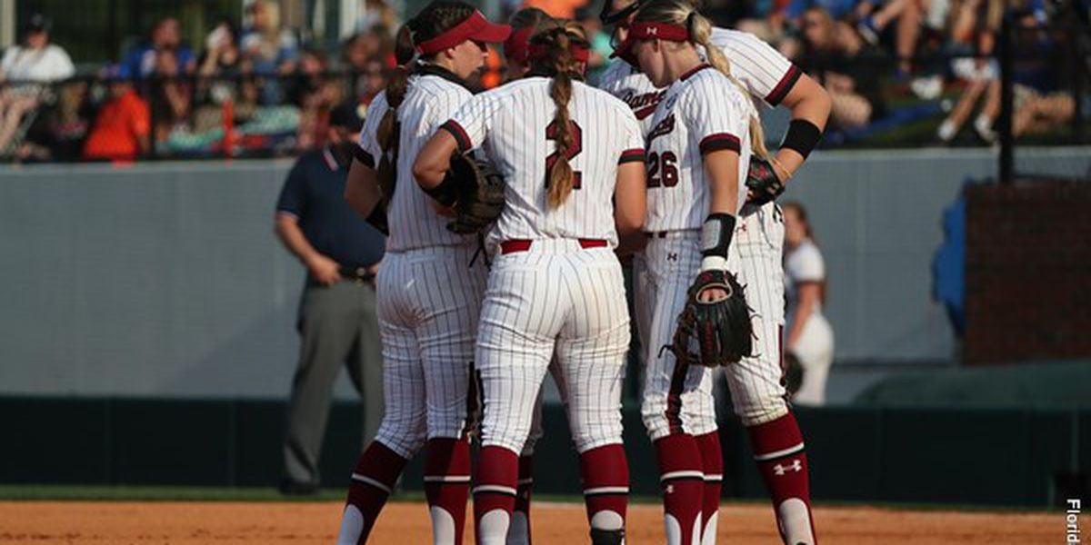 Gamecocks Head To Sunday Finale Looking For Series Win