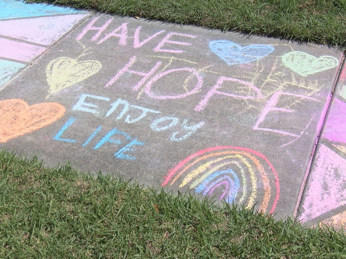 Lowcountry Strong: Dorchester County kids using chalk messages to inspire others