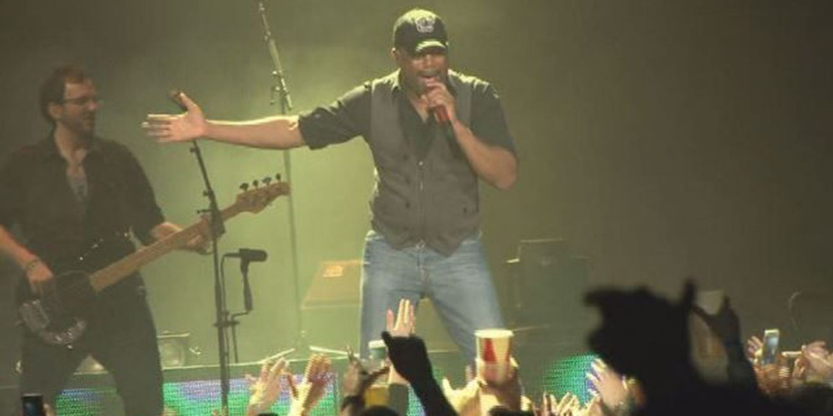 Darius Rucker, Mark Bryan to perform on USC Horseshoe Wednesday