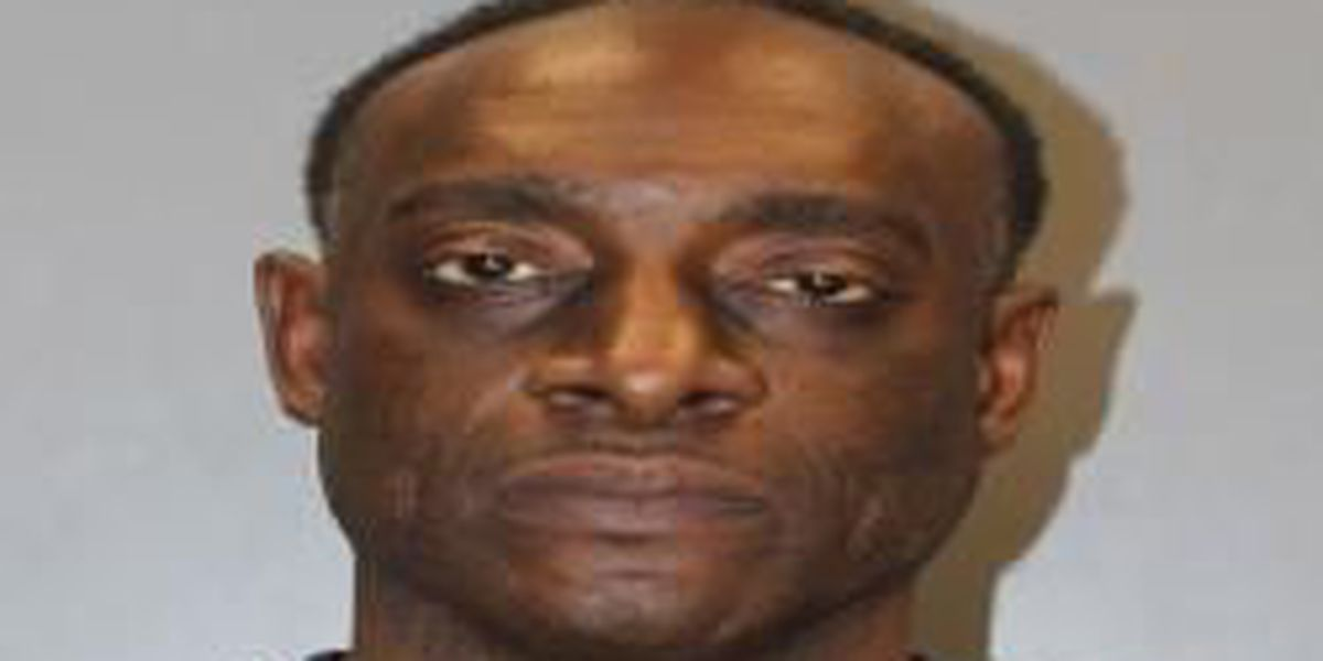 Deputies: Man who spit in woman's face during argument turns self in