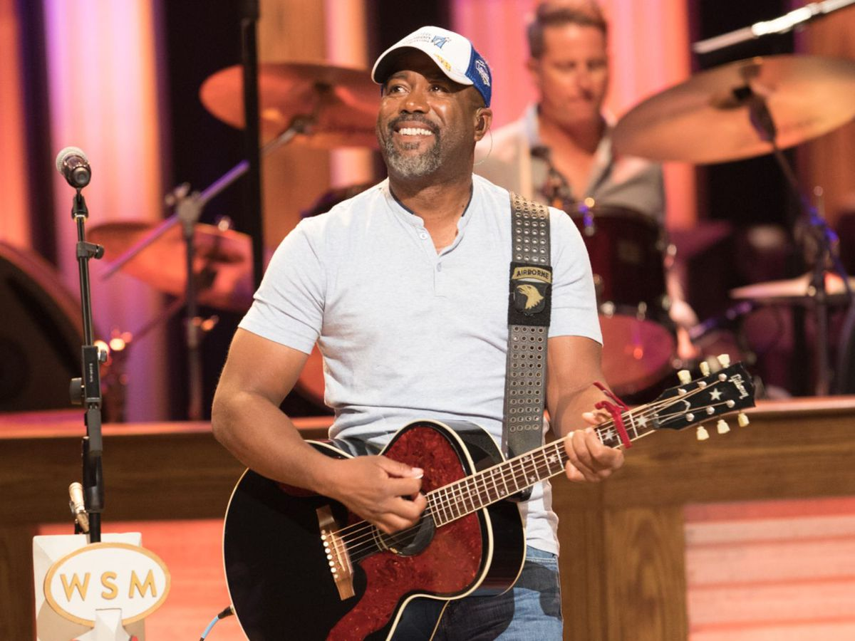 Darius Rucker's good deed surprises patrons, servers at S.C. IHOP