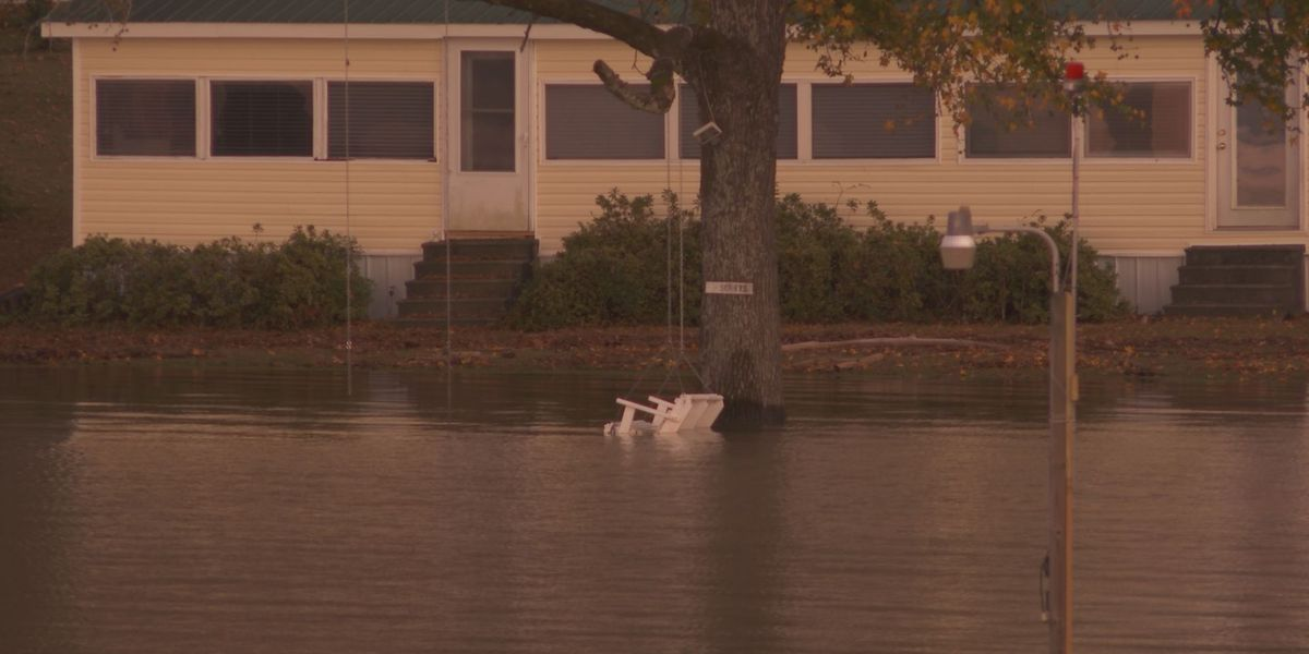 Lake Wateree residents face aftermath of flash flooding from the Upstate, NC