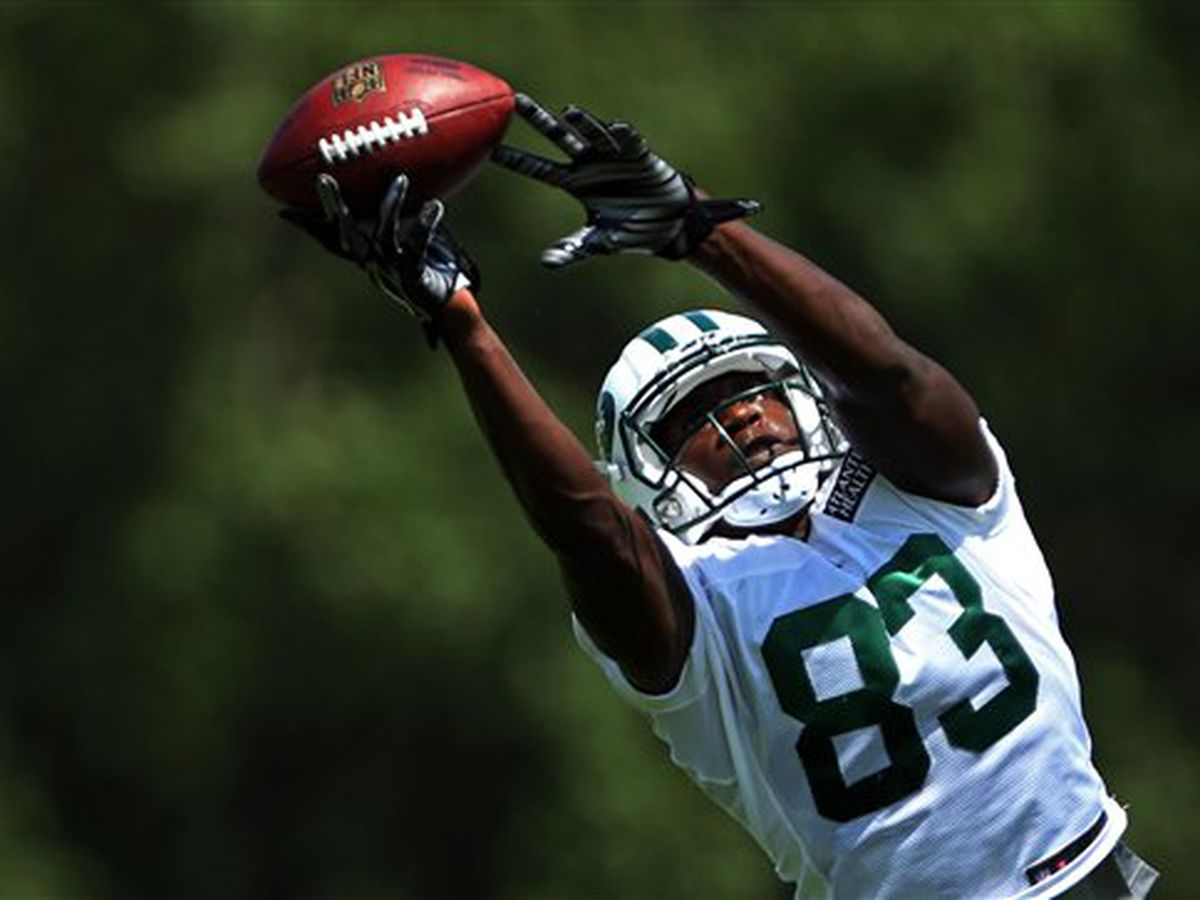 Former B-C standout, NY Jets WR to host football camp