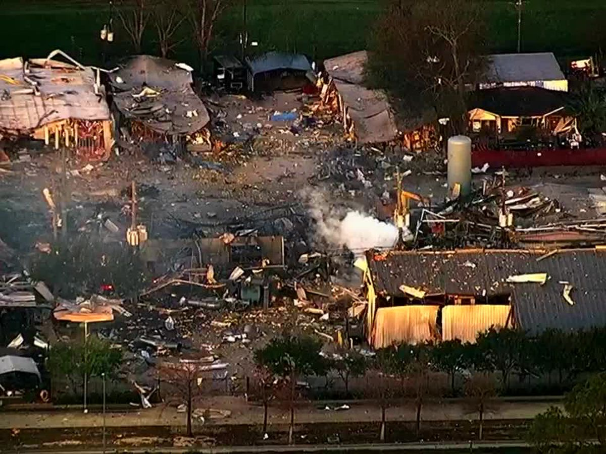 Police: 2 dead after warehouse explosion shakes Houston
