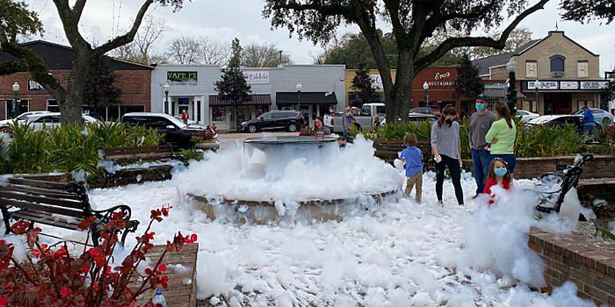 Prank has Summerville residents seeing white Christmas Eve...sort of