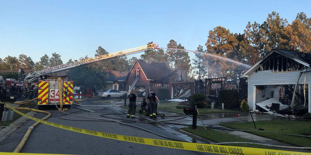 5 houses damaged, 8 displaced following house fire on Founders Lake Ct.