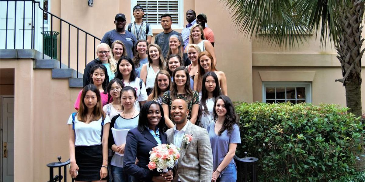 USC students surprise couple with a free wedding