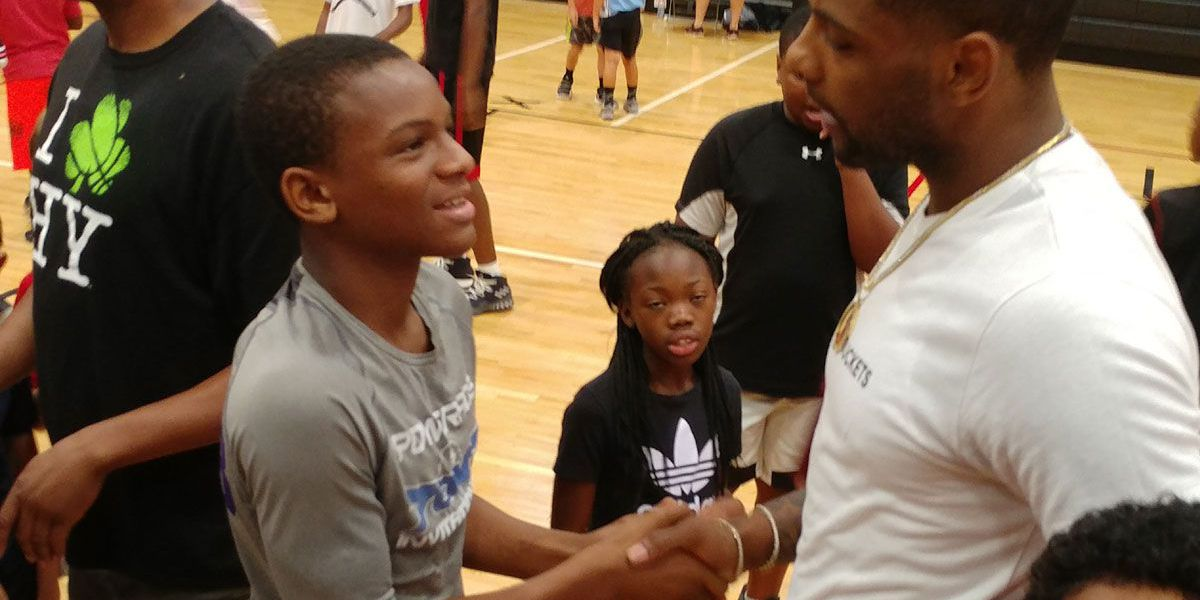 Thornwell imparts knowledge to campers at Alex English Basketball Camp