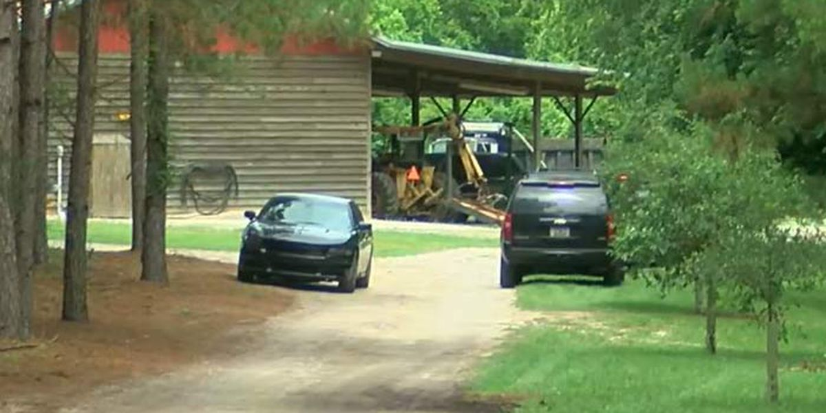 Coroner to perform autopsies on mother, son killed in Colleton Co.
