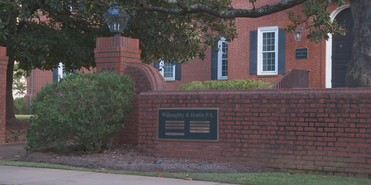 Judge says 2 SC law firms can't spend $75 million they received from plutonium removal settlement yet