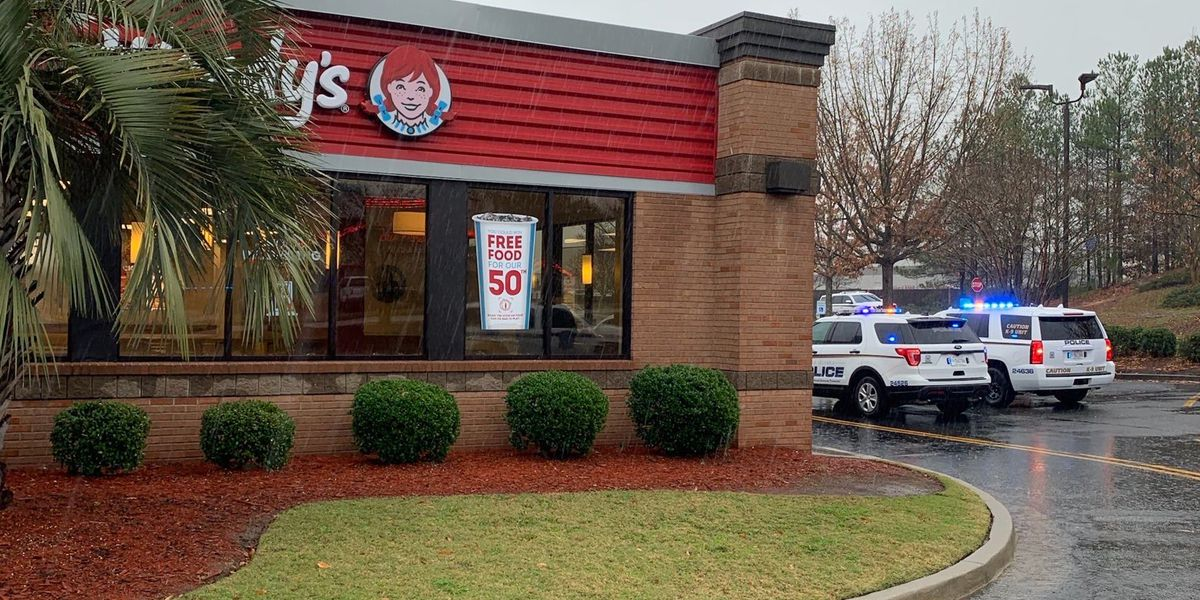 CPD: Suspect on run after armed robbery at Wendy's in middle of day