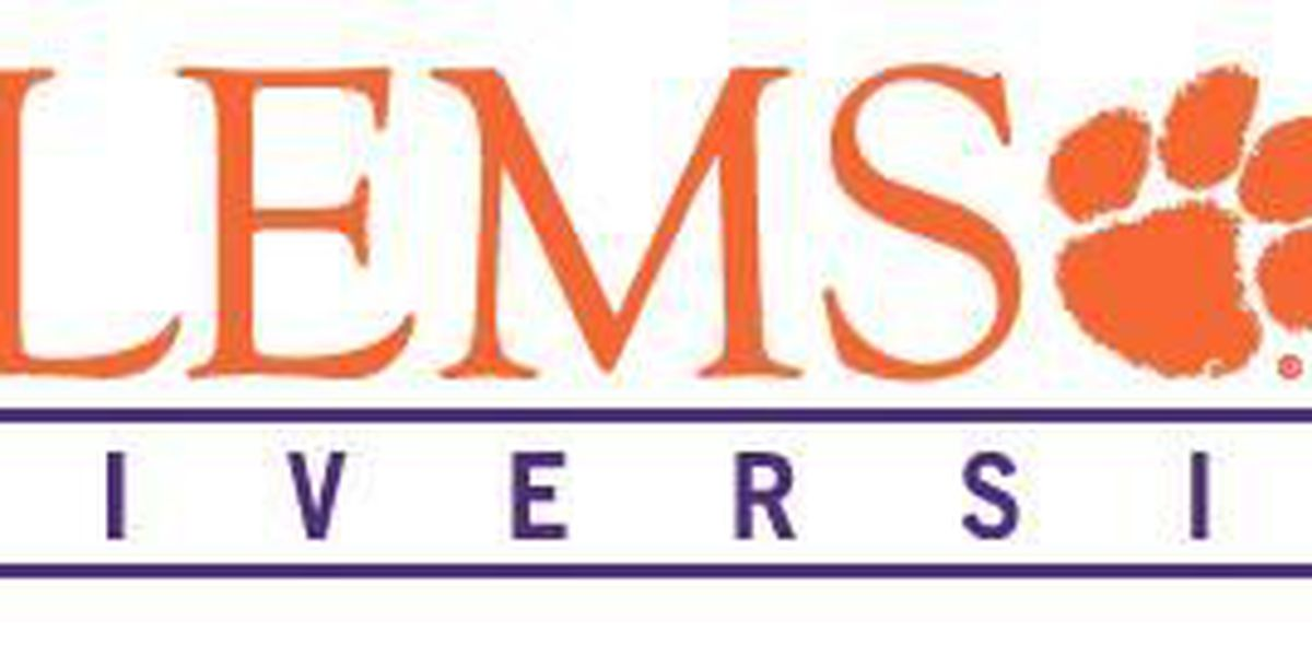 Clemson University administration approves tobacco ban