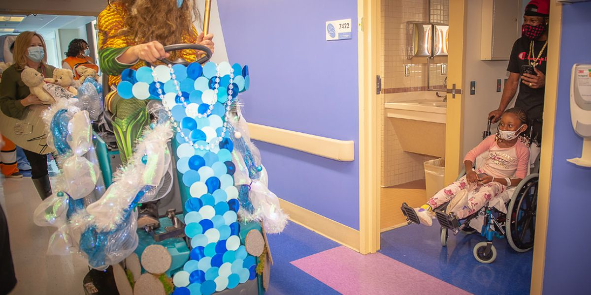 Prisma Health Children's Hospital hosts holiday parade for patients