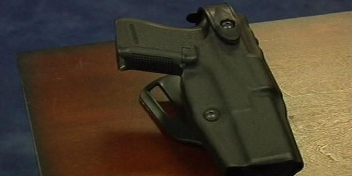 Gov. Henry McMaster gives thumbs up to open carry bill