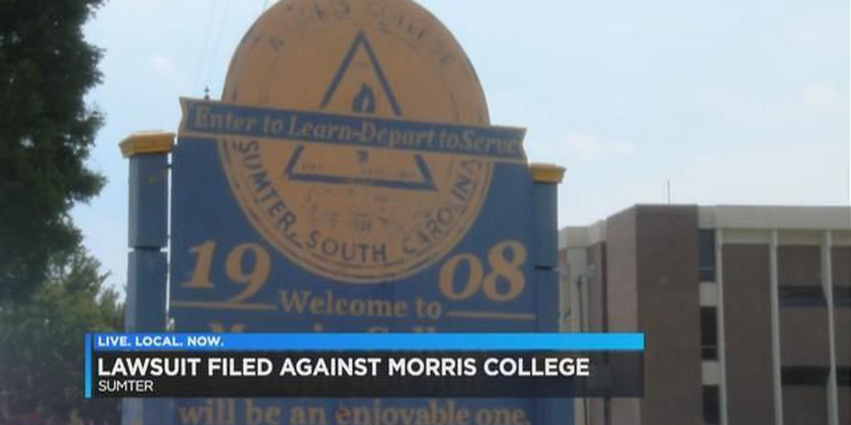 Students file class action suit against Midlands college because of mold