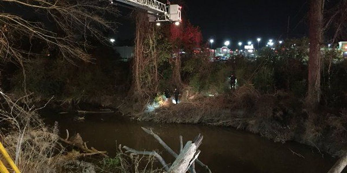 Man transported to hospital after water rescue on Gills Creek