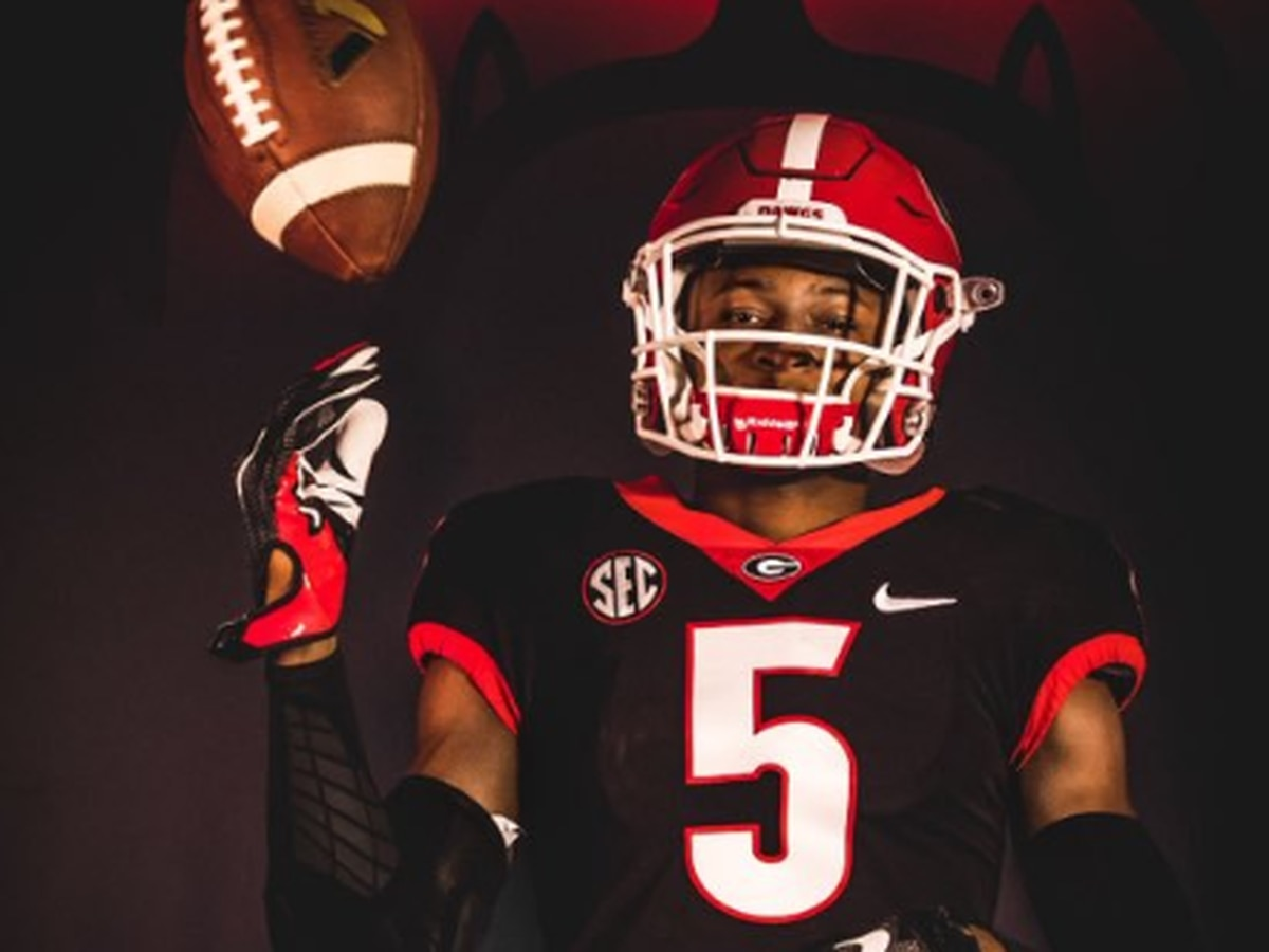 Four-star recruit decommits from Gamecocks, switches to Georgia