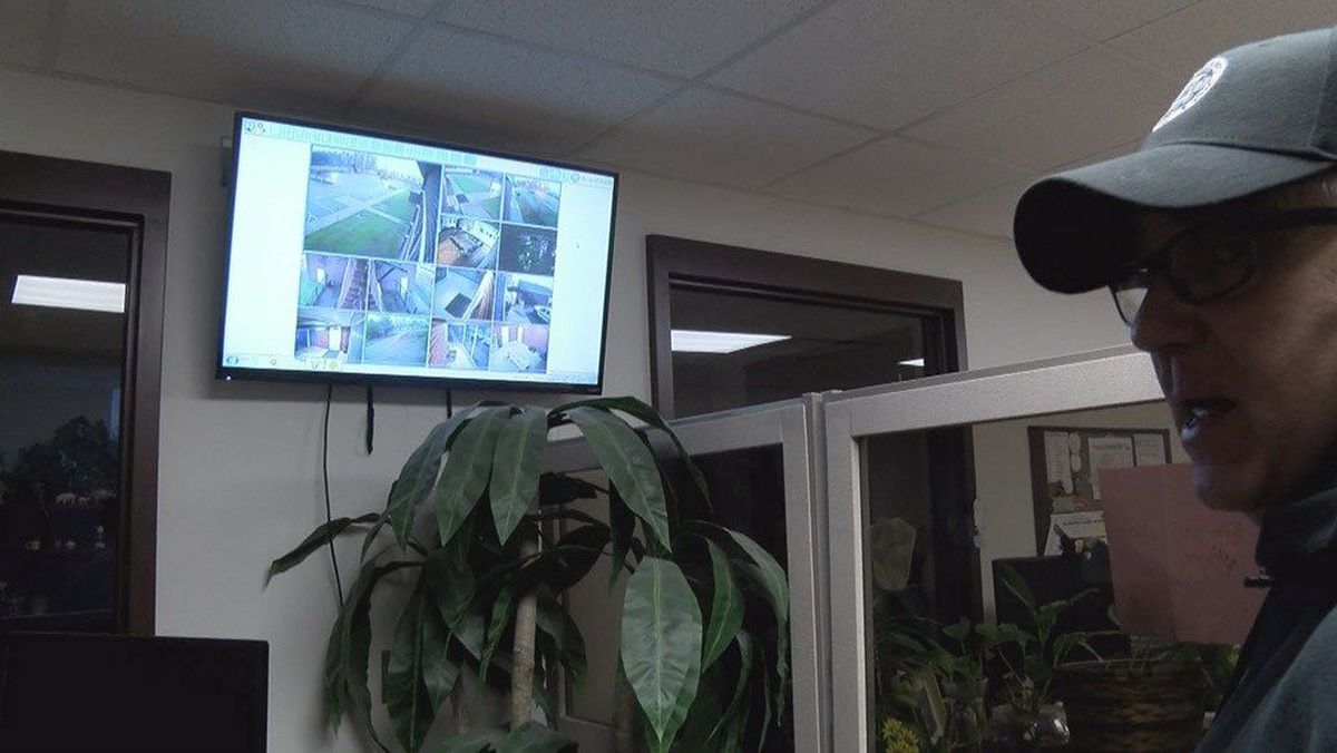 Law enforcement agencies offer safe areas for Craigslist ...