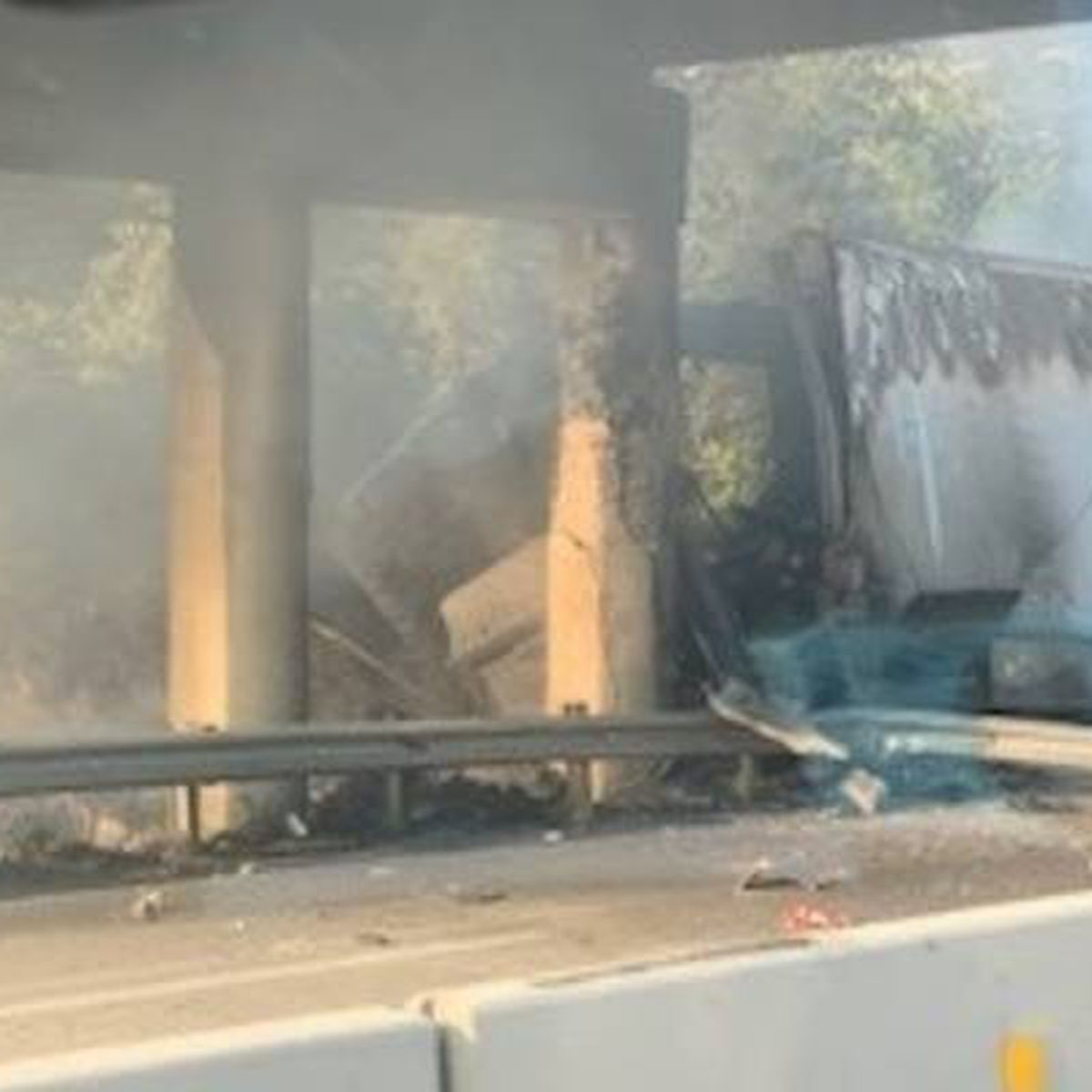 Semi driver killed in crash on I-20W in Lexington Co., detour in place