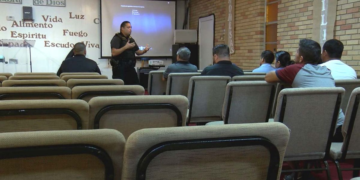 Richland County deputies teach active shooter training to church group in Spanish