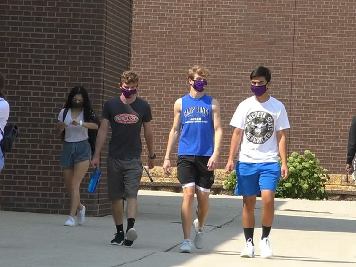 Richland Two students still required to wear masks despite Governor's order