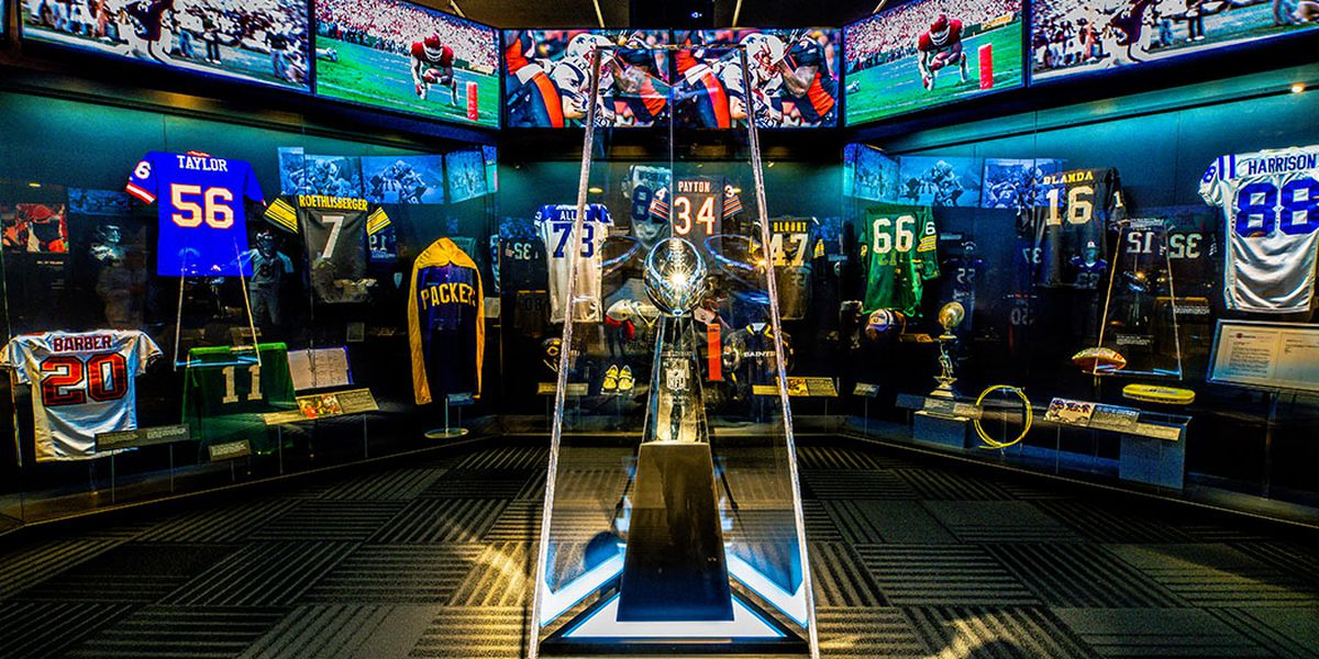 Pro Football Hall of Fame to open exhibit at Broadway at the Beach