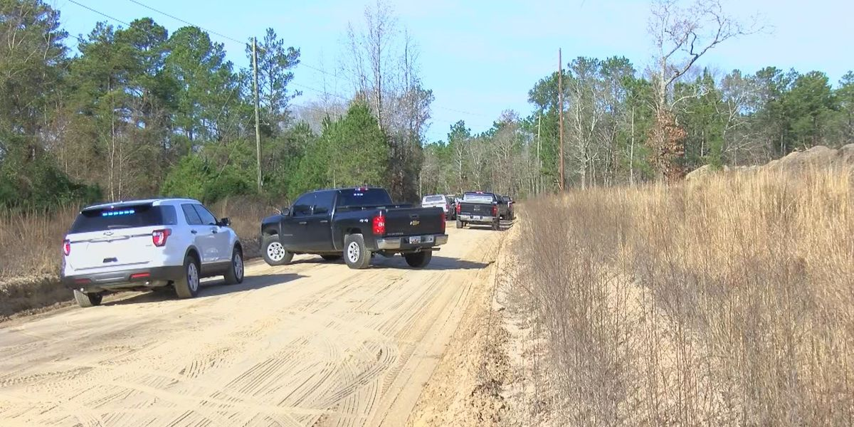 Homicide investigation opened after body found in Lugoff, victim identified