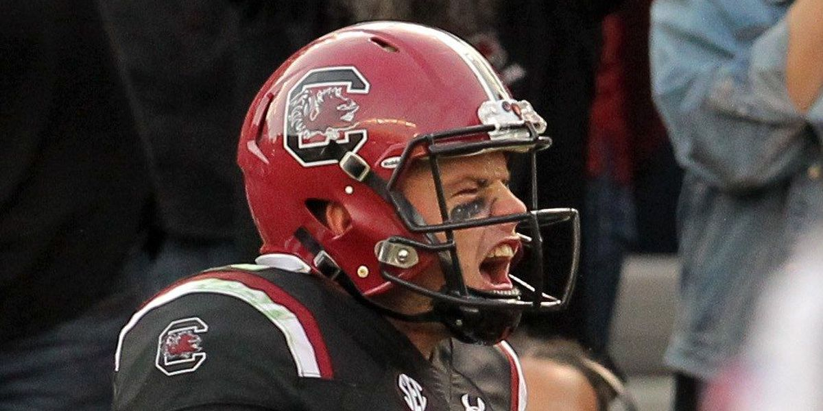 South Carolina dusts off after shaky start, pummels Wofford 31-10