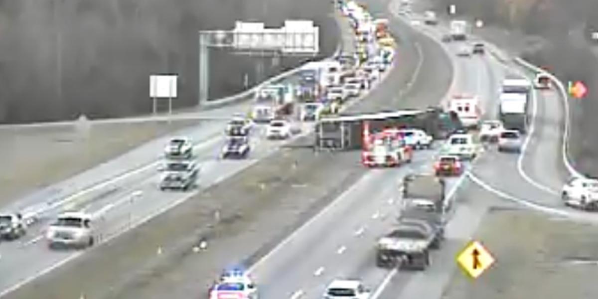 Overturned tractor-trailer causes traffic backup on I-26 in Orangeburg Co.