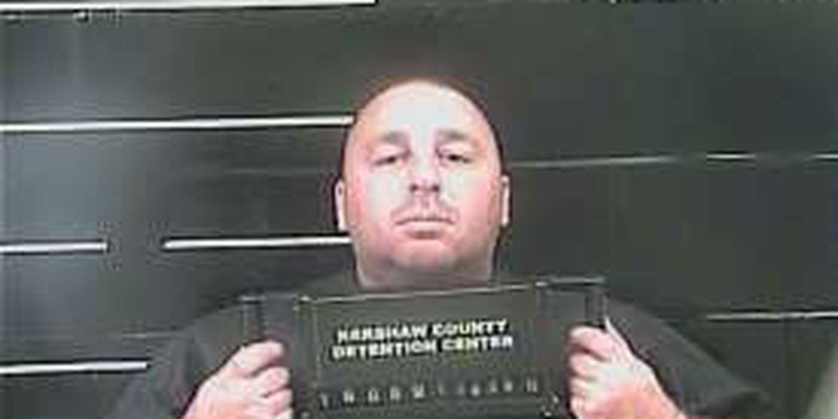 Elgin police officer arrested, suspended after assaulting his girlfriend