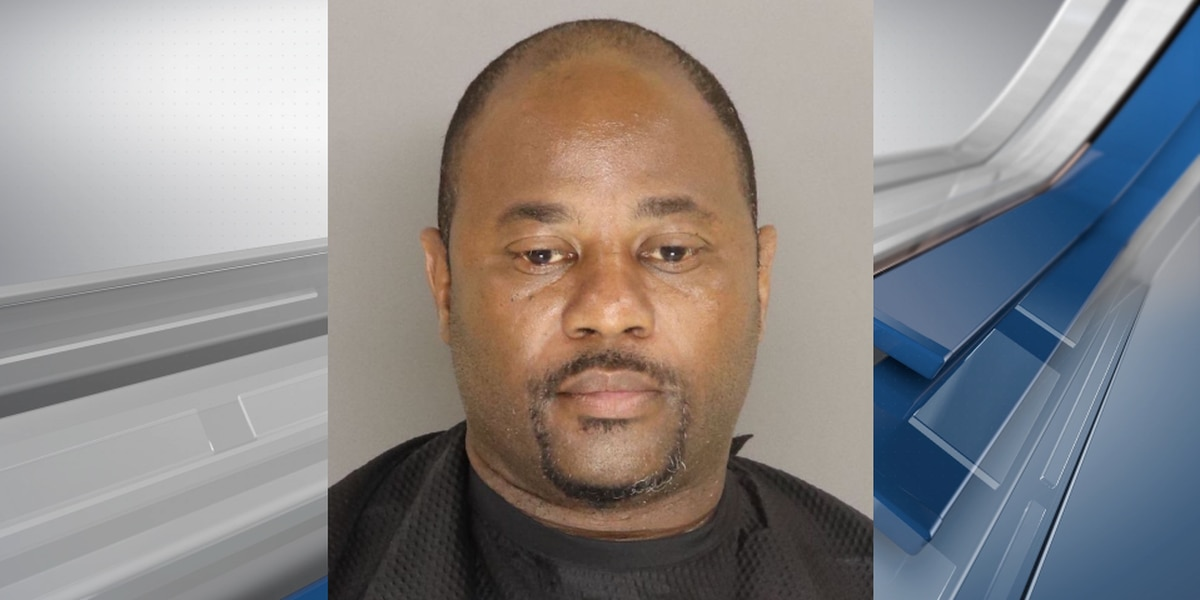 Man arrested, accused of breaking into multiple Dollar Generals in Sumter