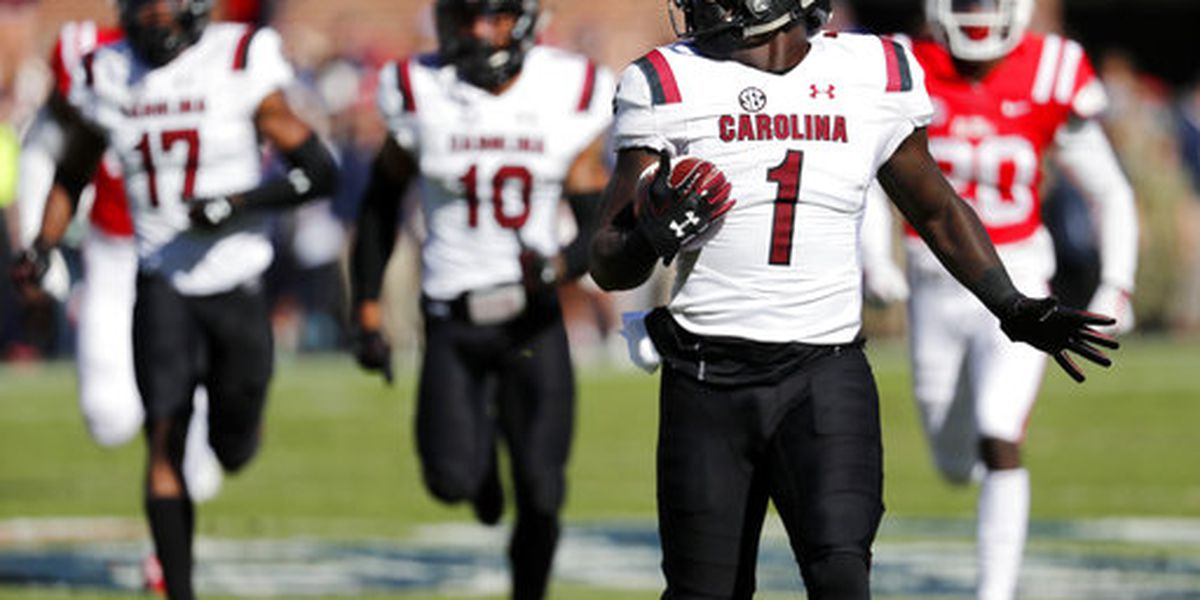 Gamecocks pick up 48-44 win in offensive shootout over Ole Miss