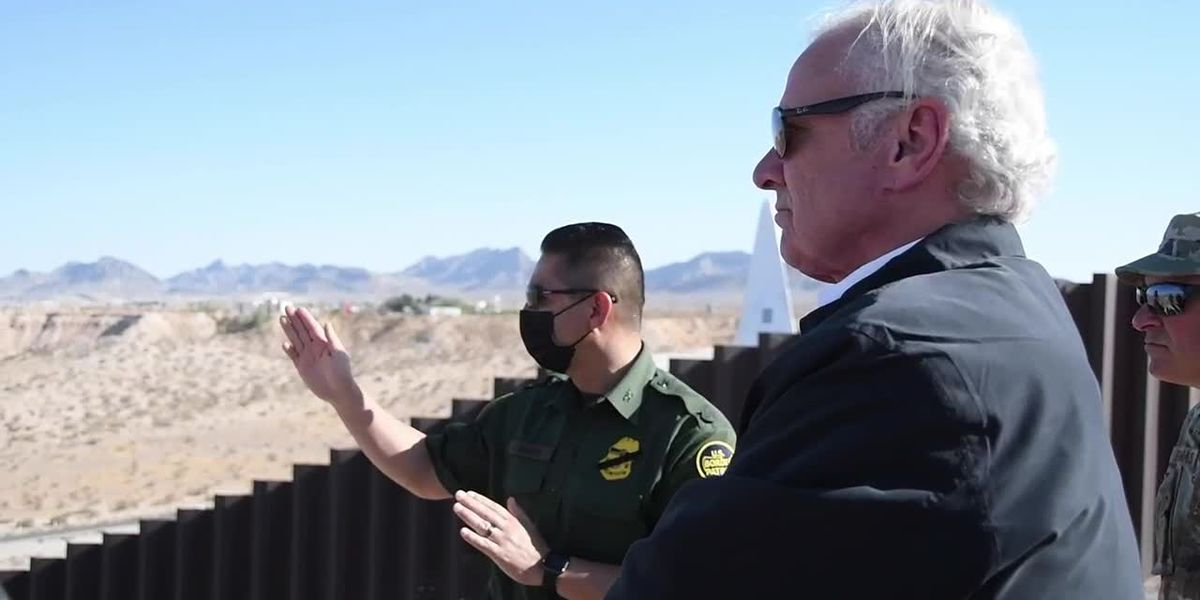 SC governor visits southern border wall