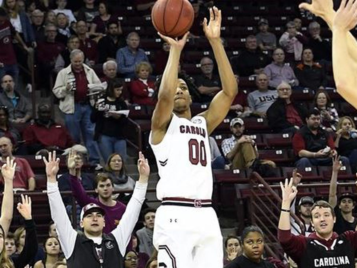 Lawson's 3s send South Carolina past Texas A&M, 84-77