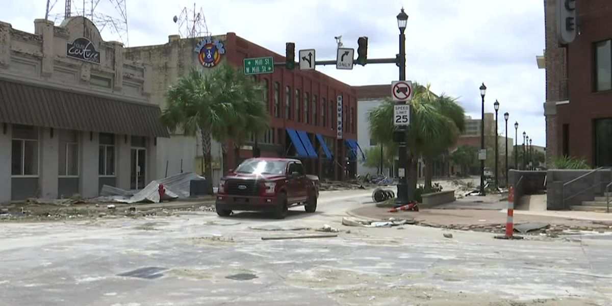 14 SC Co-op crews being sent to Louisiana to help restore power following Hurricane Laura