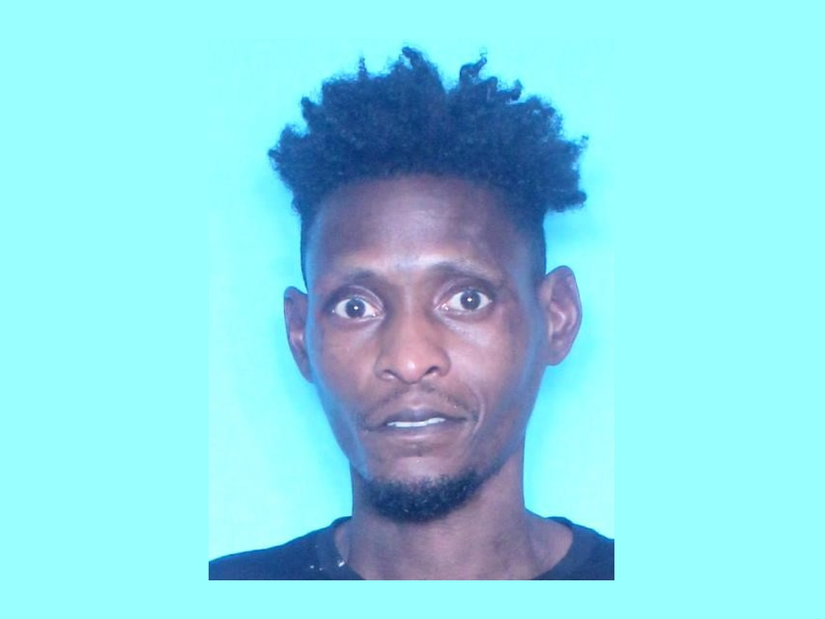Man takes newborn baby with medical condition from Louisiana hospital; places in backpack