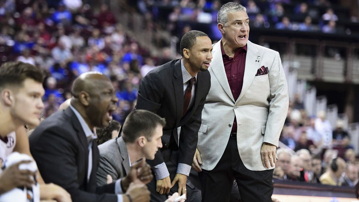 With Martin quarantined, Gamecocks focus on matchup vs. LSU as Shingler takes the helm