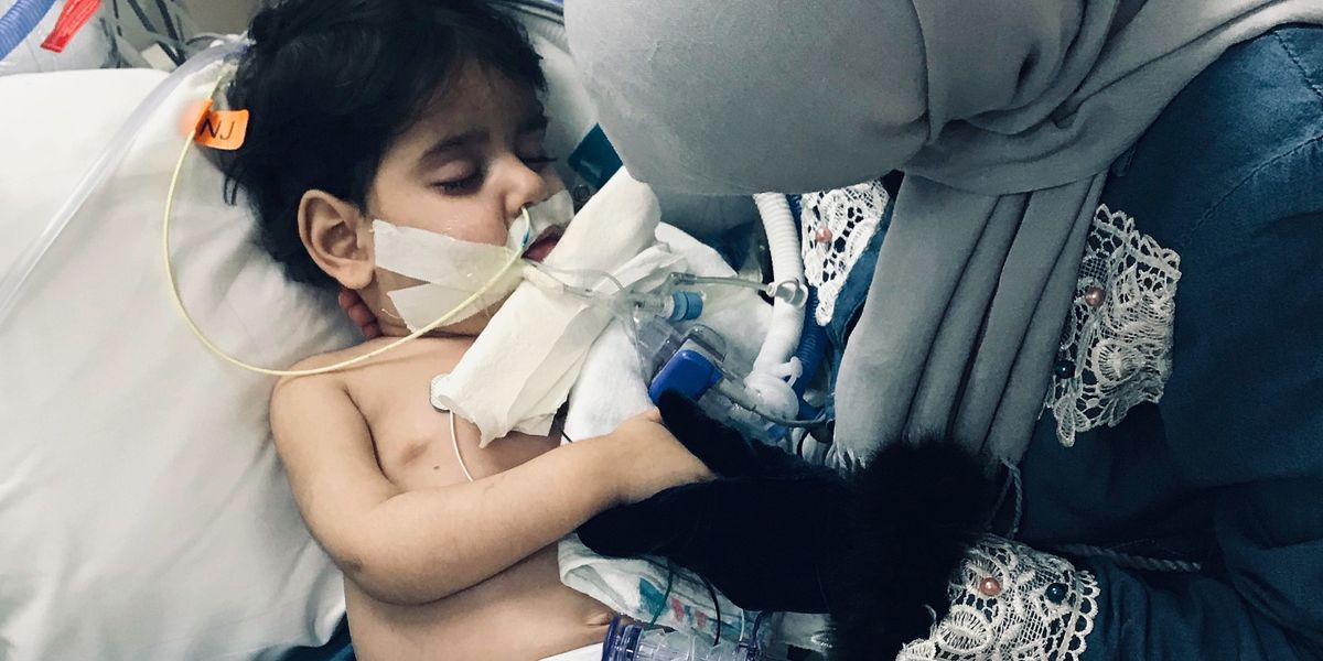 Boy whose Yemeni mom fought US travel ban to see him dies