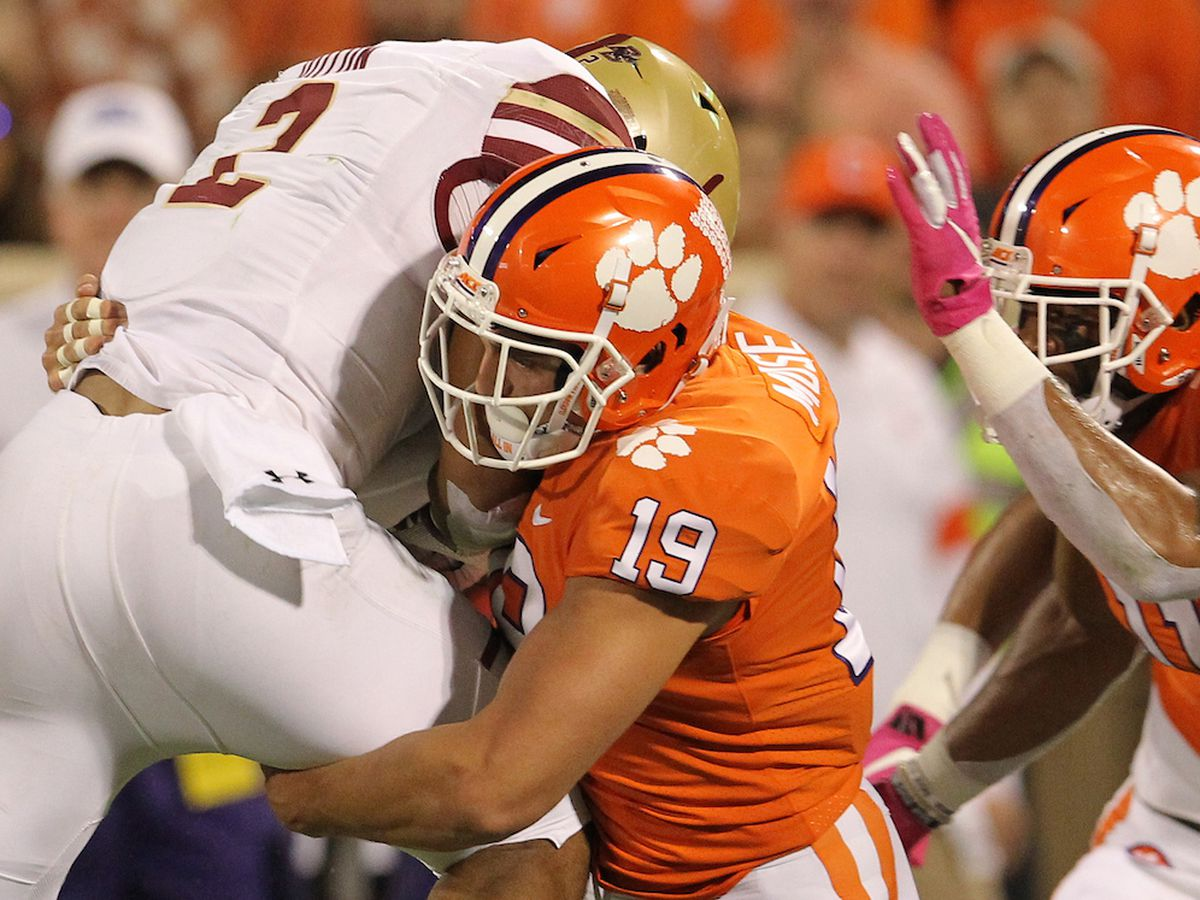 Clemson's Muse taken in third round by Raiders in the 2020 NFL Draft