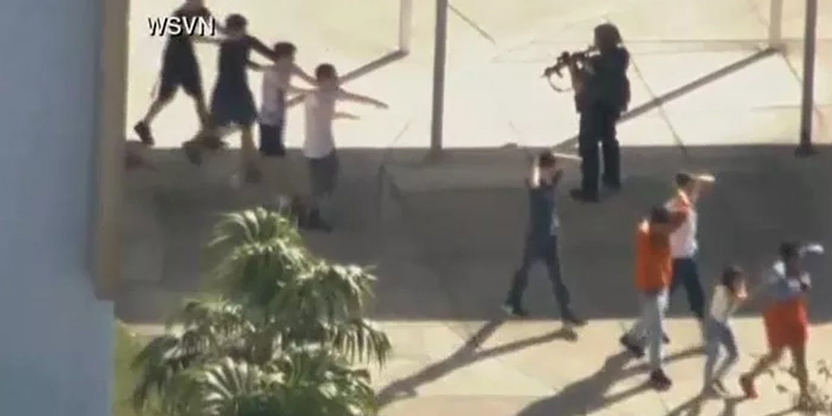 WATCH LIVE: Multiple dead, 1 person in custody, in Florida high school shooting