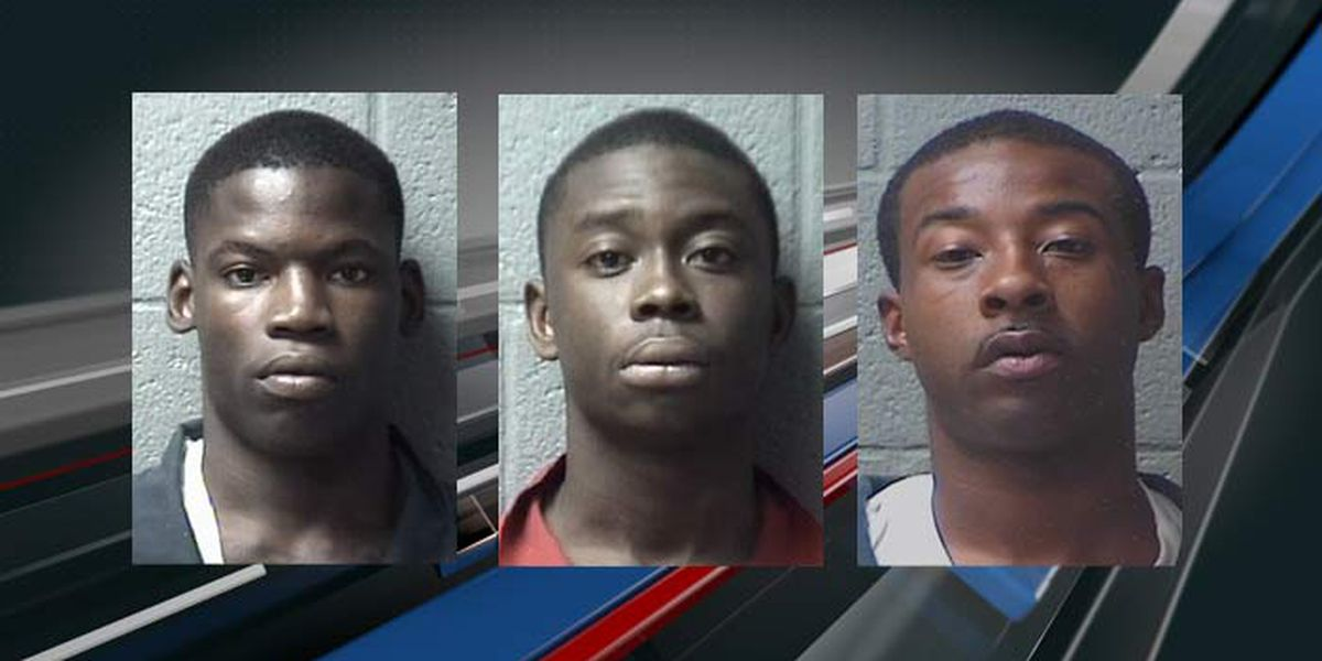 Deputies search for 3 men accused of selling stolen property
