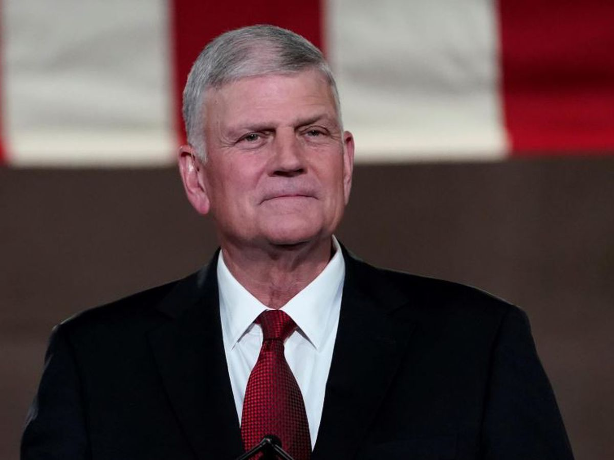 Franklin Graham says 'shame' on 10 Republicans who voted to impeach President Trump