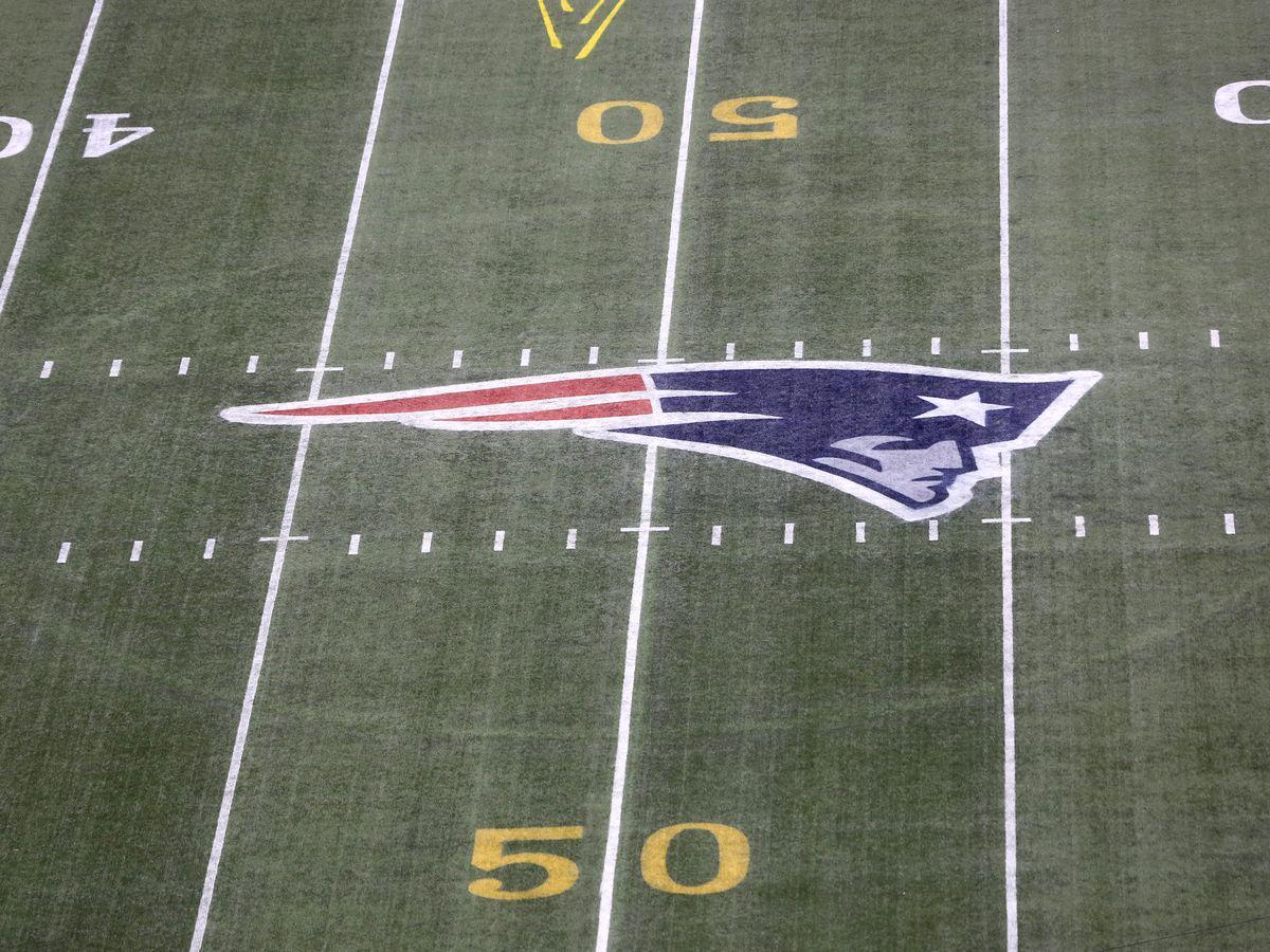 Source: Patriots sign QB Cam Newton to replace Brady