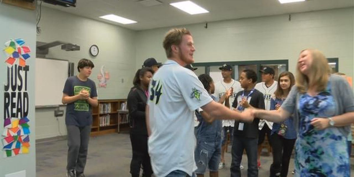 Dutch Fork Middle schoolers team up with Columbia Fireflies to spread anti-bullying message