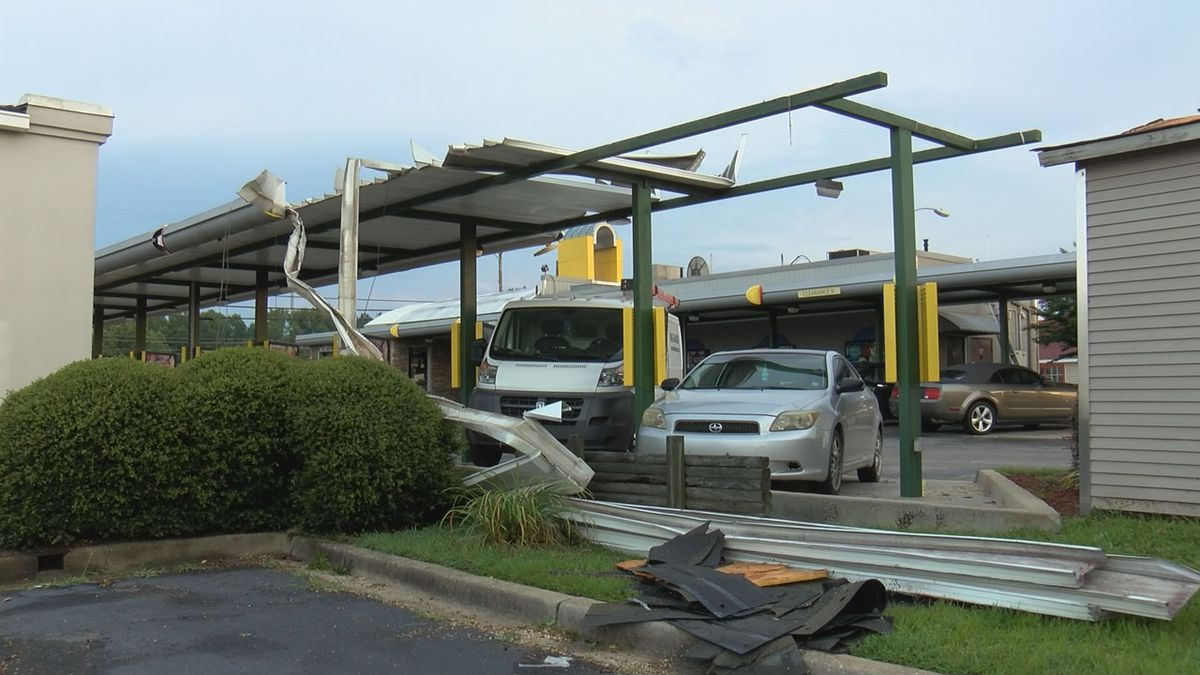 Severe storms cause damage to Lugoff businesses