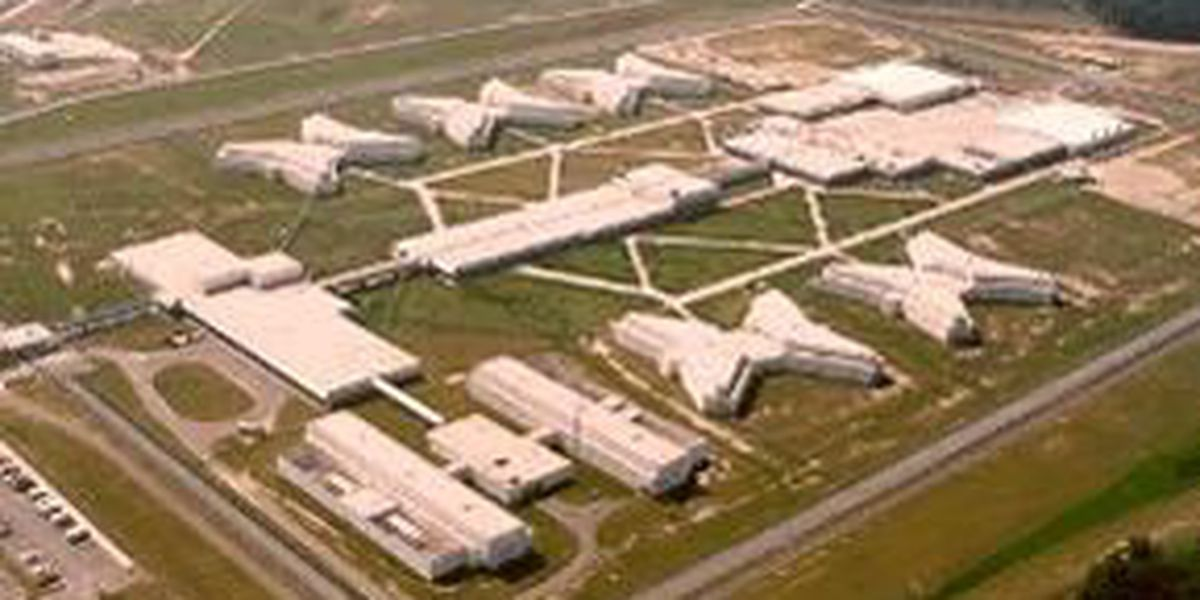 Coroner: inmate who died at Lee Correctional Institution was stabbed