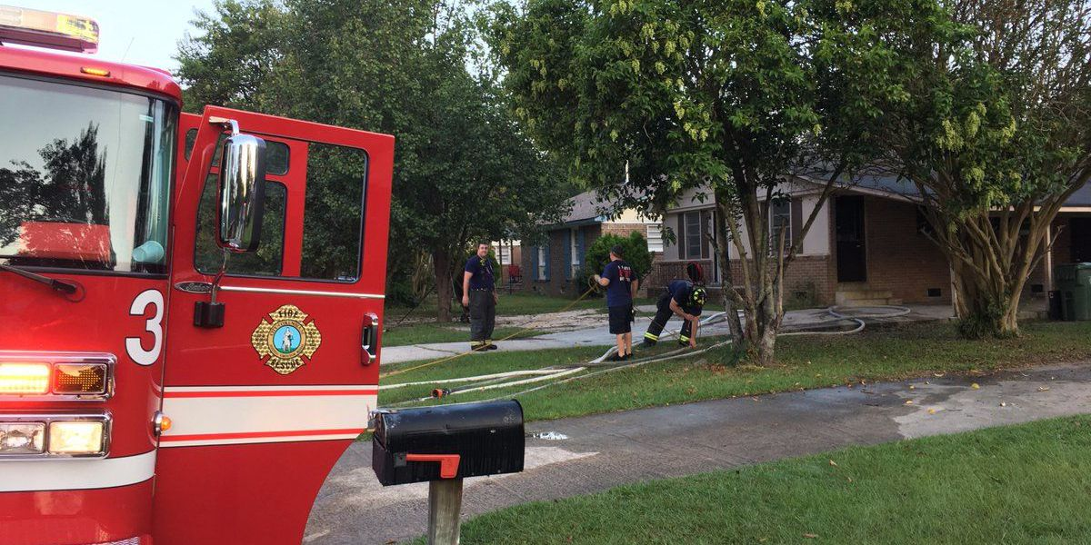 Friday morning fire damages Columbia house